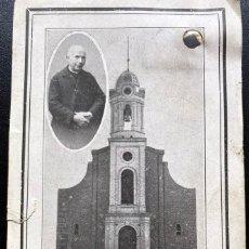 Postales: ESTAMPA CON RELÍQUIA DEL RECTOR MOSSÉN JOSEP M. MORTA DE LA PARROQUIA DE NAVÁS - 1934. Lote 242200255