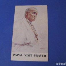 Postales: ESTAMPA RELIGIOSA. PAPAL VISIT PRAYER. VISITA DE JUAN PABLO II A REINO UNIDO. 1982. 12,5X7,5 CM.. Lote 278204633