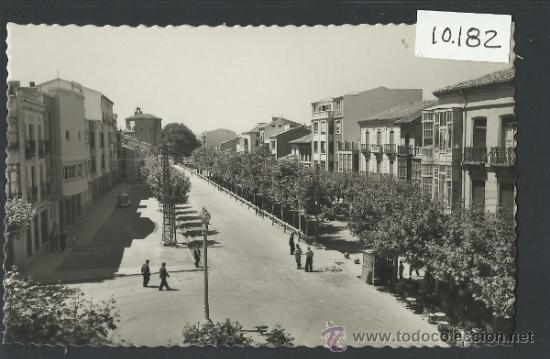 SANTO DOMINGO DE LA CALZADA - 1 - AVENIDA DEL GENERALISIMO - GARCIA GARRABELLA - (10.182) (Postales - España - La Rioja Antigua (hasta 1939))
