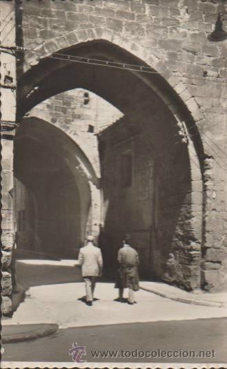 SANTO DOMINGO DE LA CALZADA.- ARCO DEL CRISTO. FRANQUEADO Y FECHADO EN 1957. (Postales - España - La Rioja Antigua (hasta 1939))