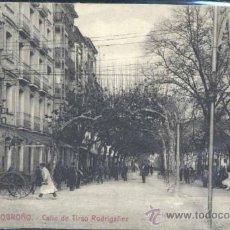 Postales: LOGROÑO.- CALLE DE TIRSO RODRIGAÑEZ. Lote 36585504
