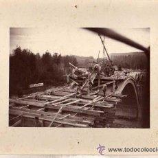 Postales: FOTOGRAFIA CONSTRUCCION PUENTE SOBRE EL CAUCE DEL NAJERILLA TORREMONTALBO LOGROÑO J. MURO FOTOGRAFO.. Lote 47181241