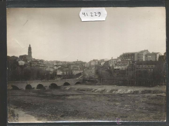 HARO-43-CALLE DE M. VILLANUEVA- ES FOTO VER REVERSO-EDICION HILARIO DEL VAL -MIDE 11X 15CM-(V-4465) (Postales - España - La Rioja Antigua (hasta 1939))