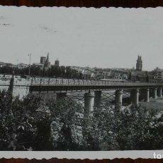 Postales: FOTO POSTAL DE LOGROÑO, VISTA GENERAL, N.11, ED. DARVI, CIRCULADA.. Lote 133605686