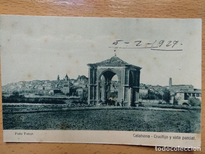 CALAHORRA , LA RIOJA , CRUCIFIJO Y VISTA PARCIAL. FOTO TUTOR. (Postales - España - La Rioja Antigua (hasta 1939))
