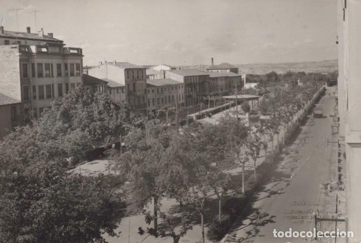 POSTAL CALAHORRA - PASEO DEL GENERALISIMO - 18 J.M PARIS CIRCULADA (Postales - España - La Rioja Antigua (hasta 1939))