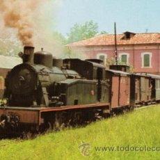 Postales: POSTAL FERROCARRIL OLOT-GIRONA - TREN CON LOCOMOTORA DE LA SERIE 21/24 EN LA ESTACION DE OLOT. Lote 22596433