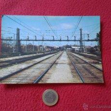 Postales: TARJETA POSTAL POST CARD HISTORIA FERROCARRIL ESPAÑOL TREN TRAIN PUENTE DE SEÑALES MADRID ATOCHA. Lote 54669712