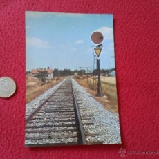Postales: TARJETA POSTAL POST CARD HISTORIA FERROCARRIL ESPAÑOL DISCO ROJO AVANZADO CON TRIANGULO ALMAZAN VER . Lote 54671478