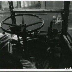 Postales: BARCELONA-BUS ROUTEMASTER INGLES -3 FOTOS ORIGINALES AÑOS 70-COCHERAS DE DIPUTACION-BCN-MUY RARA. Lote 73476419