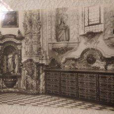 Postales: FOTO POSTAL GRANADA LA CARTUJA SACRISTIA. Lote 121558415
