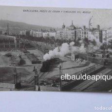 Postales: BARCELONA PASEO DE COLON Y TINGLADOS DEL MUELLE. CIRCULADA FERROCARRIL, TRENES. CCTT. Lote 165864870