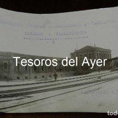 Postales: FOTOGRAFIA DEL FERROCARRIL MILITAR, ESTACION DE CUATRO VIENTOS, MADRID, LINEA DE MANZANARES A CUATRO. Lote 173114965