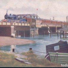 Postales: POSTAL G.E. REBUILT CLASS T19 4-4-0 AND PASEENGER TRAIN CROSSING TROWSE SWING BRIDGE - CIRCULADA. Lote 179070225