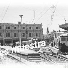 Postales: ESTACIÓN DE BARCELONA CERCANÍÀS COSTA AÑOS 60. Lote 194731843