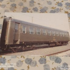 Postales: POSTAL RENFE, R1 COCHES SERIES 5.000 Y 6.000 (1984). Lote 227280245