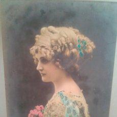 Postales: MAGNIFICA POSTAL DE CHICAA TODO COLOR FECHADA EL 13-6-1910 EN BARCELONA. Lote 39356738
