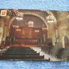 Postales: POSTAL ANTIGUA- BARCELONA . BARRIO GOTICO. SALON DE CIENTO. ESCUDO DE ORO, FISA. 1185-1964. Lote 44217609