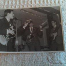 Postales: FOTO POSTAL ANTIGUA DEL GRUPO MUSICAL ATLANTES 10,5 CMS. DE LARGO X 7 DE ANCHO.... Lote 44388045