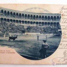 Postales: ANTIGUA TARJETA POSTAL. CORRIDA DE TOROS. PATATERILLO CITANDO A BANDERILLAS. ESCRITA 1901. ESCOFET.. Lote 45108209