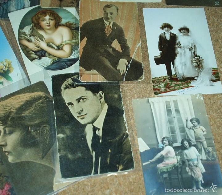 Postales: POSTALES LOTE DE 20- AÑOS 1911-15-20-22-30-45 - NIÑOS -SEÑORITAS ELEGANTES -ACTORES-MUY BONITAS - Foto 2 - 56747325