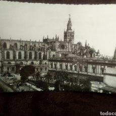 Postales: POSTAL SEVILLA -CATEDRAL VISTA GENERAL 69CIRCULADA 1954. Lote 102483383