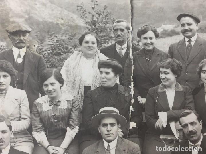 Postales: postal fotografia dividida grupo posando familia santander cantabria rasgada - Foto 2 - 105840859