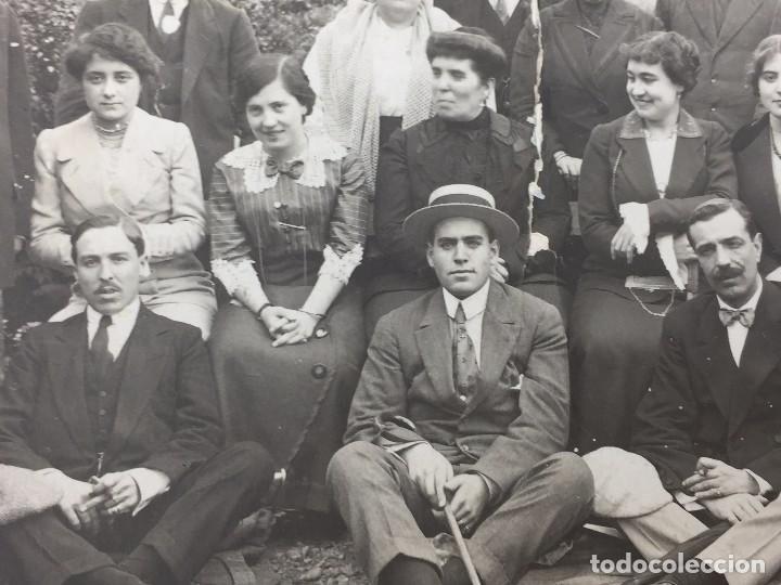 Postales: postal fotografia dividida grupo posando familia santander cantabria rasgada - Foto 4 - 105840859