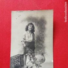 Postales: ANTIGUA POSTAL. NIÑA.. Lote 109461139
