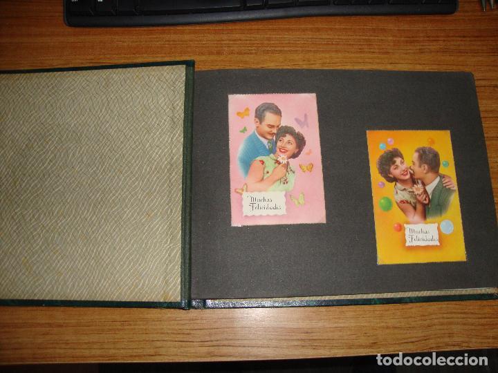 Postales: (TC-118) ALBUM CON 33 POSTALES DE ENAMORADOS PAREJAS VER TODAS - Foto 2 - 114599303