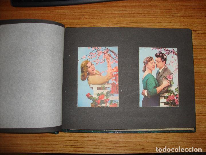 Postales: (TC-118) ALBUM CON 33 POSTALES DE ENAMORADOS PAREJAS VER TODAS - Foto 10 - 114599303