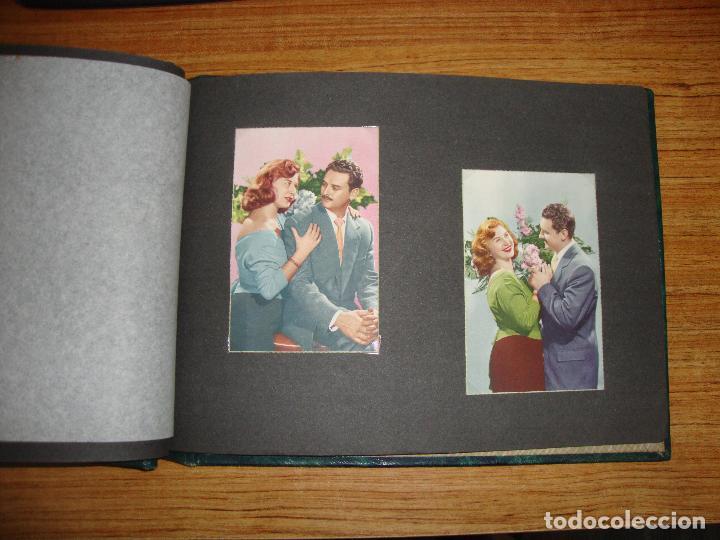 Postales: (TC-118) ALBUM CON 33 POSTALES DE ENAMORADOS PAREJAS VER TODAS - Foto 13 - 114599303