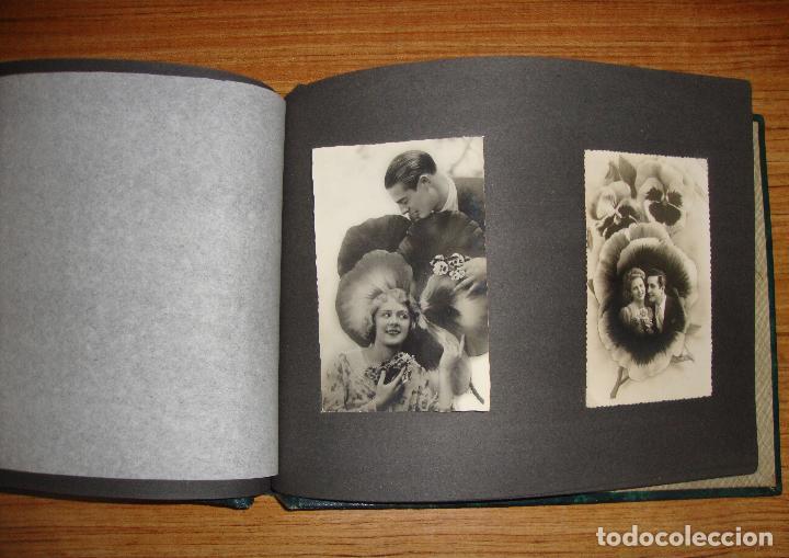 Postales: (TC-118) ALBUM CON 33 POSTALES DE ENAMORADOS PAREJAS VER TODAS - Foto 17 - 114599303
