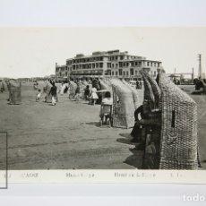 Postales: ANTIGUA POSTAL FOTOGRÁFICA - CÁDIZ /HOTEL PLAYA - EDIT. L. ROISIN - AÑO 1954. Lote 130906016