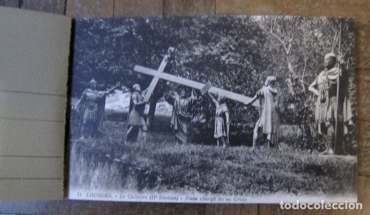 Postales: Les Stations du Calvaire, Lourdes. Librito de 15 Cartes Postales Ilustrées. 8,5 x 14,5 cm c.u. - Foto 3 - 178612421