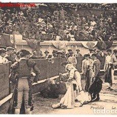 Postales: POSTAL ANTIGUA DE TOROS. PUNTILLA. Lote 178905757