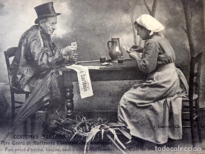 Postales: P-10065. POSTAL PUBLICITARIA COSTUMES SARTHOIS. FRANCIA, PAREJA JUGANDO A CARTAS. AÑO 1923 - Foto 2 - 194607391