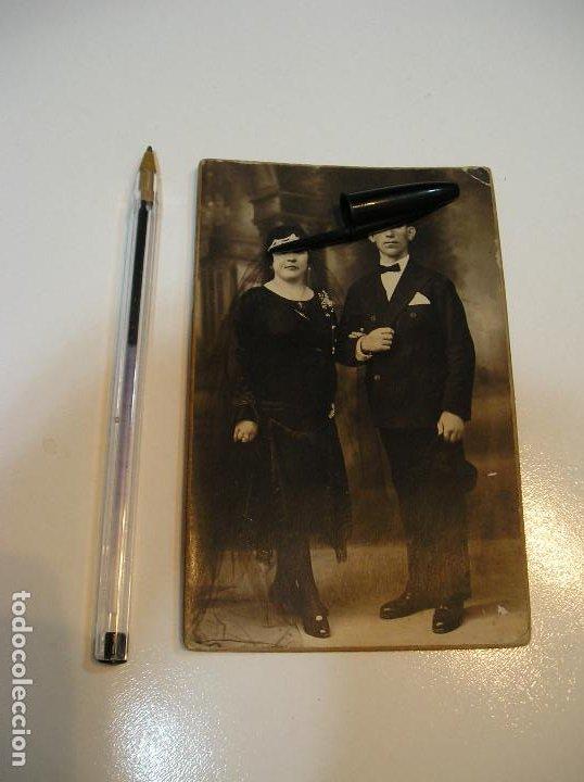 Postales: ANTIGUA TARJETA POSTAL CARTON MATRIMONIO FOTO ALEJANDRO QUILES CATARROJA (20-10-2) - Foto 2 - 221432245
