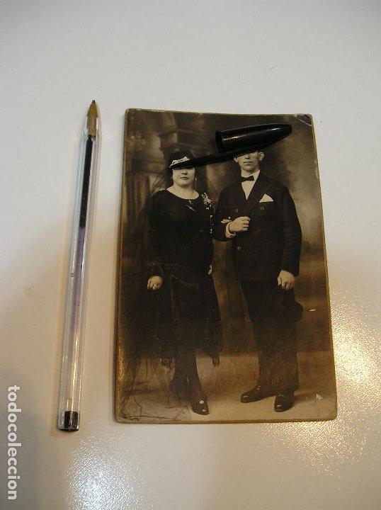 Postales: ANTIGUA TARJETA POSTAL CARTON MATRIMONIO FOTO ALEJANDRO QUILES CATARROJA (20-10-2) - Foto 3 - 221432245