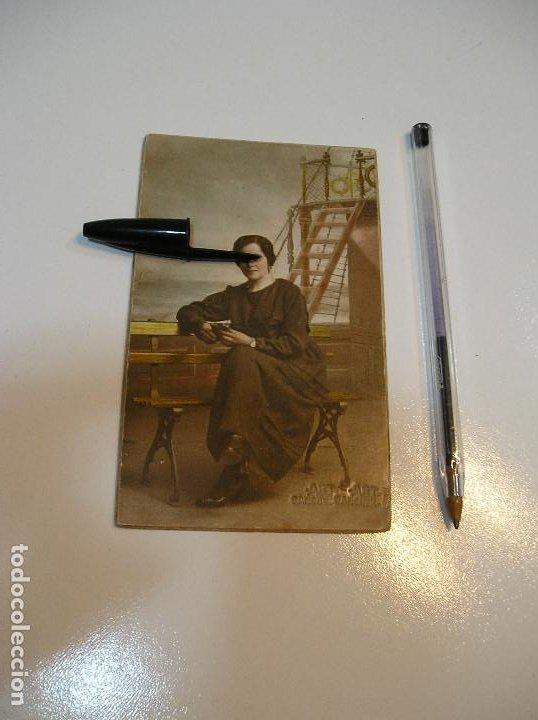 Postales: POSTAL CARTON DURO CHICA EN UN BARCO (20-10-2) - Foto 3 - 221432572