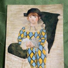 Postales: POSTAL GRAN TAMAÑO PABLO PICASSO ARLEQUÍN MUSEO PARIS. Lote 278923693