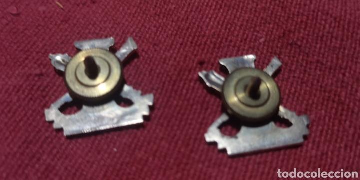Postales: Dos antiguas insignias de armamento y construcción - Foto 2 - 287580143