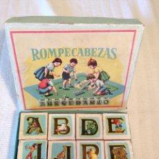 Puzzles: ROMPECABEZAS ABECEDARIO – CUBOS DE CARTÓN – AÑOS 40 .. Lote 50653352