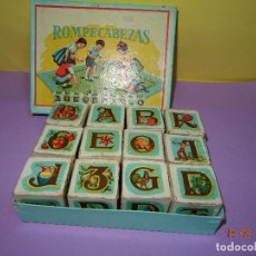 Puzzles: ANTIGUO ROMPECABEZAS ABECEDARIO CON CUBOS DE CARTÓN Y PAPEL LITOGRAFIADOS - AÑO 1940-50S.. Lote 80158225