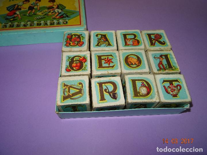 Puzzles: Antiguo Rompecabezas Abecedario con Cubos de Cartón y Papel Litografiados - Año 1940-50s. - Foto 4 - 80158225