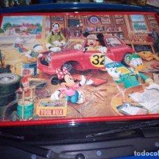 Puzzles: PUZZLE DISNEY-MICKEY Y AMIGOS-EL GARAJE DE MICKEY-75 X 52-1000 PIEZAS-MONTADO CON MARCO. Lote 130664768
