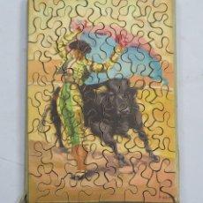 Puzzles: PUZZLE DE MADERA LITOGRAFIADO. TAURINO. AÑOS 20-30. Lote 168221256