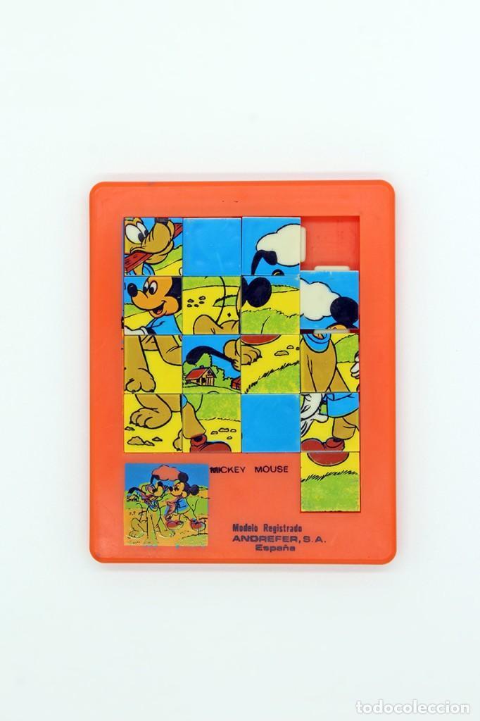 PEQUEÑO PUZZLE MICKEY MOUSE. ANDREFER SA, MADE IN SPAIN. ORIGINAL, AÑOS 70. PEQUEÑO, MIDE 9 X 7,2 CM (Juguetes - Juegos - Puzles)