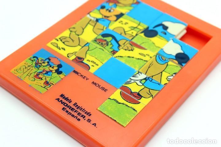 Puzzles: Pequeño puzzle Mickey Mouse. ANDREFER SA, Made in Spain. Original, años 70. Pequeño, mide 9 x 7,2 cm - Foto 3 - 168273636