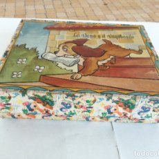 Puzzles: ANTIGUO PUZLE CUBOS DE CARTON - LA DAMA Y EL VAGABUNDO - DISNEY - COMPLETO -MEDIDA: 18 X 14 X 4,5 CM. Lote 177423093